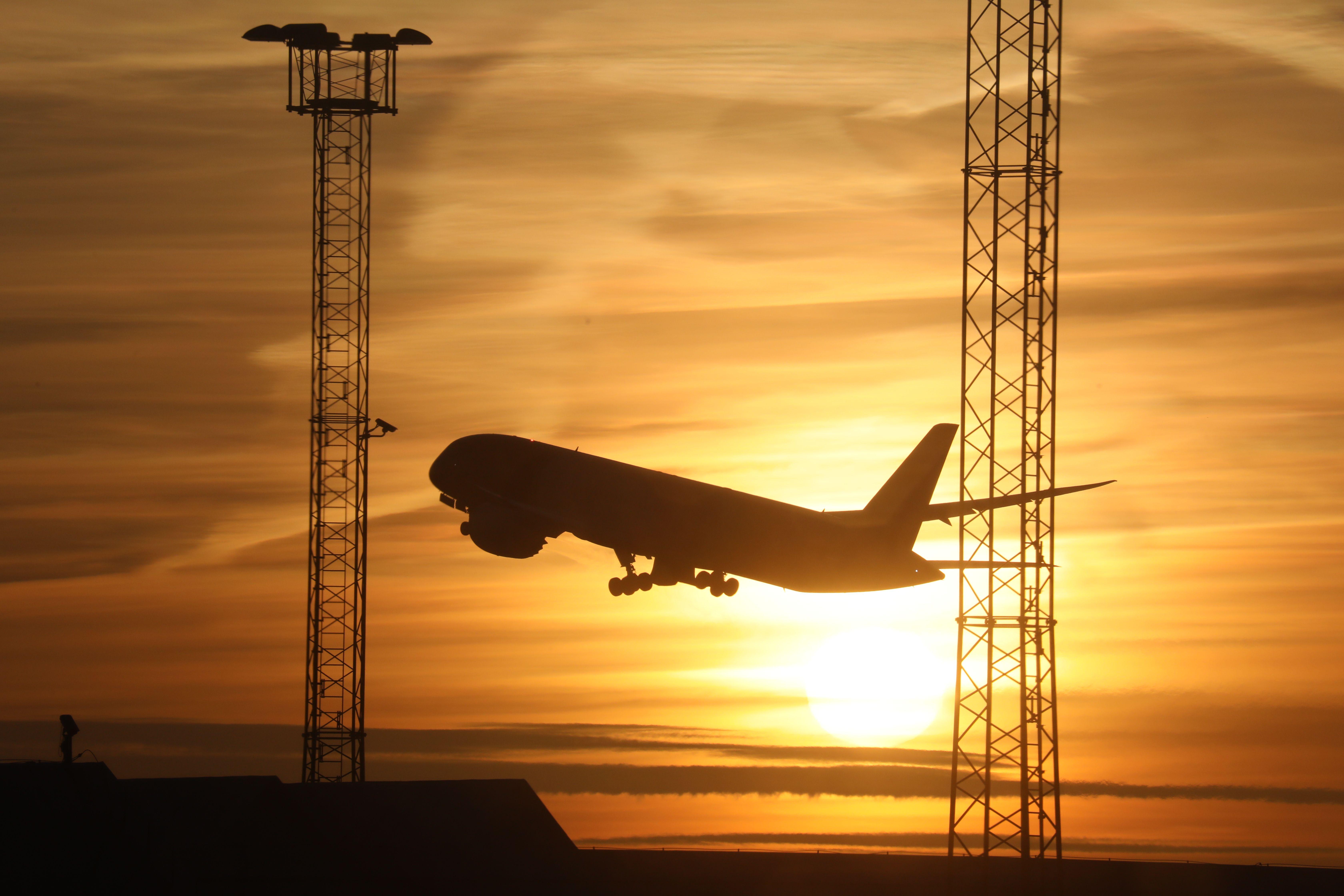 Millions more flights from Swedish airports despite environmental toll