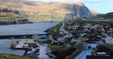 "Blog – Faroe Islands host Arctic Circle Forum, trumpet ""infrastructure miracle"""