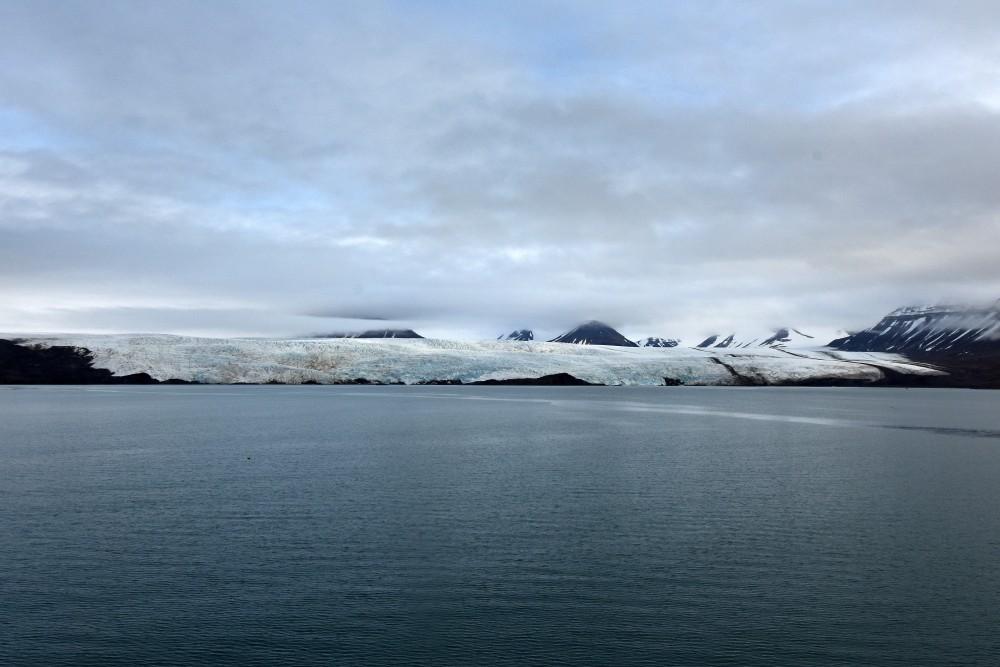 Nordenskiöld glacier. (Thomas Nilsen/The Independent Barents Observer)