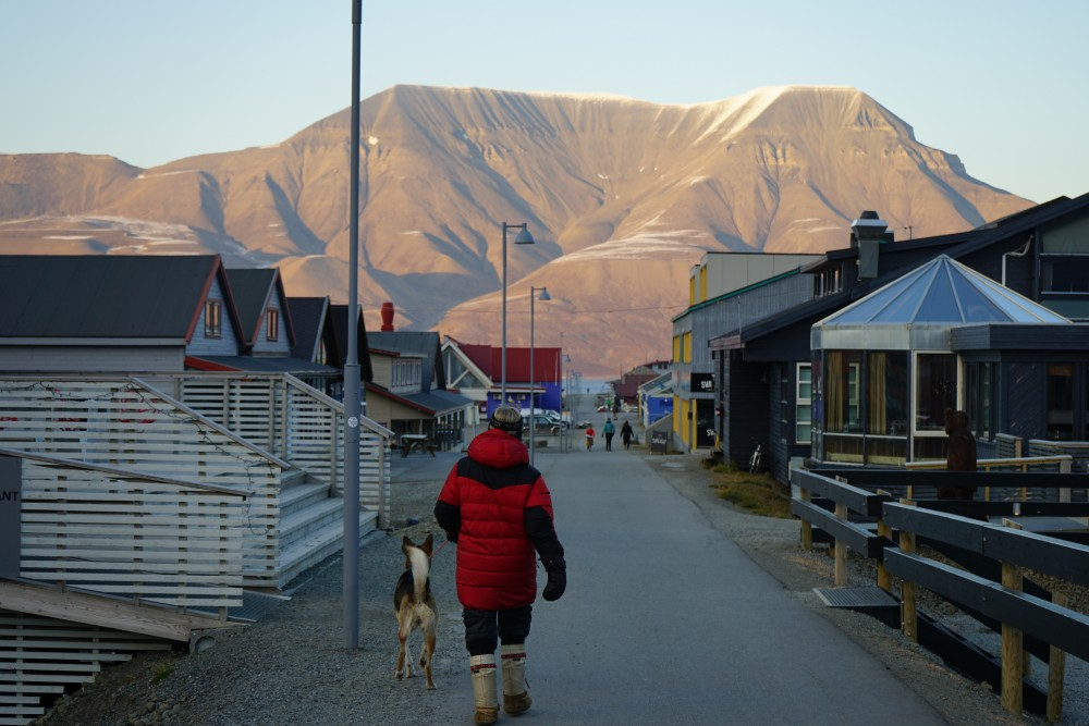 Arctic Norway: temperatures on Svalbard have been above normal for 100 straight months