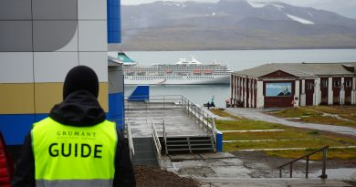 Russia considers building its own fleet of Arctic cruise ships