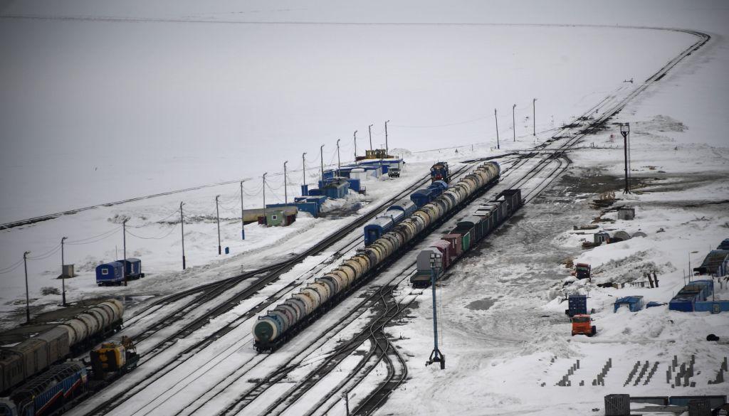 Putin wants new rail link between Arctic coast and Indian Ocean