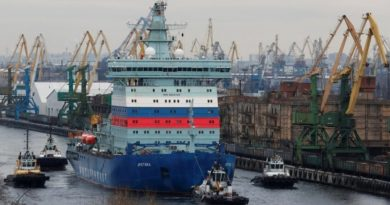 Despite major technical troubles, new Russian icebreaker sets course for Barents Sea