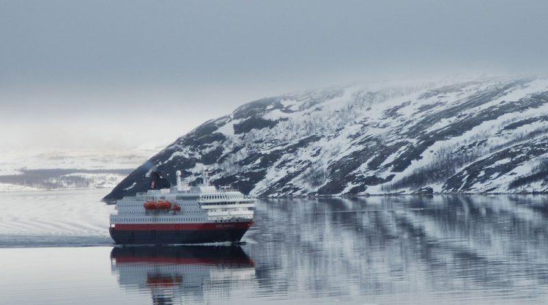 Crisis-ridden Norwegian cruise and adventure company sells properties in Svalbard