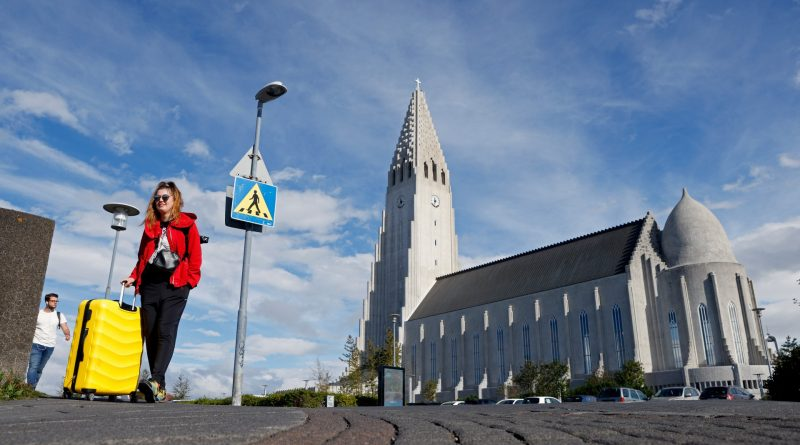 Iceland to require COVID-19 testing for vaccinated travellers over Delta variant concerns