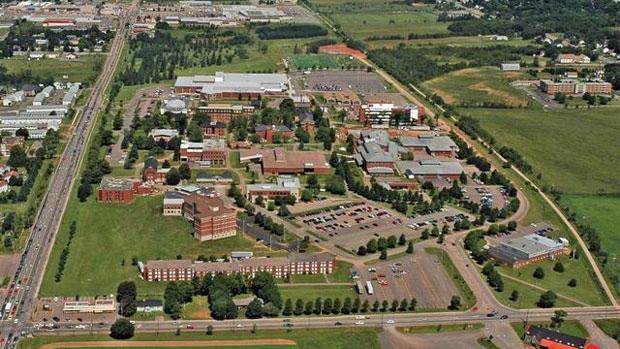 Campus de l'université Acadia. CBC