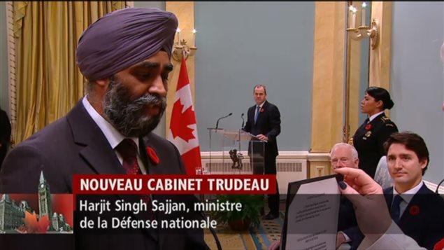 Le nouveau gouvernement du Canada entre en fonction