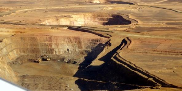 Exploitée depuis 2010 par la minière canadienne Kinross la mine Tasiast est l'une des principales mines d'or en Afrique de l'Ouest, avec des réserves prouvées et probables de quelque 260 tonnes