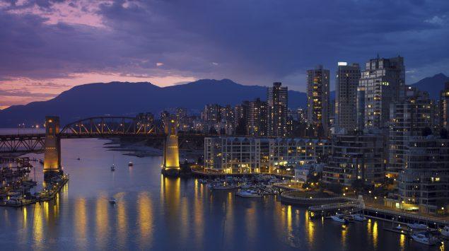 Le pont Burrard au dessus de False Creek, Vancouver Colombie-Britannique (iStock)