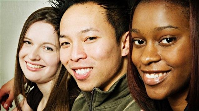 Au Québec, le fait d'avoir une couleur de peau, un accent différent ou un nom à consonance étrangère peut être source de discrimination selon certains organismes https://www.rcinet.ca/fr/2016/08/14/existe-t-il-un-racisme-systemique-au-quebec/