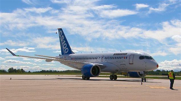 Appareil de la CSeries, à Mirabel, après son premier vol Photo Credit: Bombardier