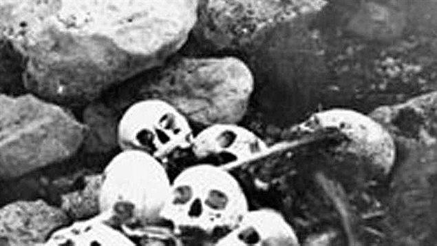 Ossements humains de l'expédition Franklin © National Archives Canada/ CP