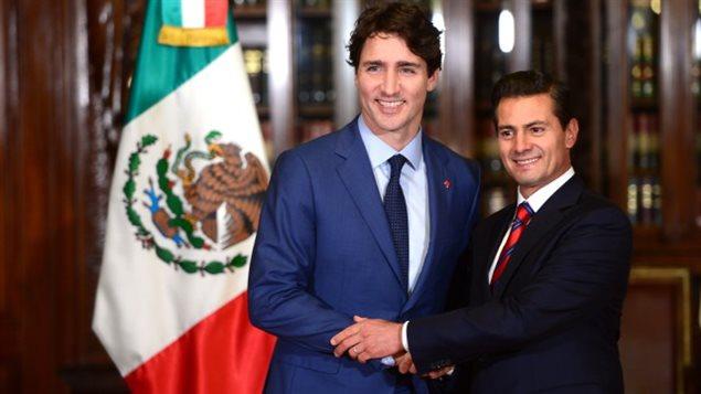 Le premier ministre Justin Trudeau et son homologue mexicain Enrique Peña Nieto.PHOTO SEAN KILPATRICK, LA PRESSE CANADIENNE
