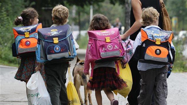 Ottawa présente l'allocation comme un outil-clé dans la lutte contre la pauvreté chez les enfants.