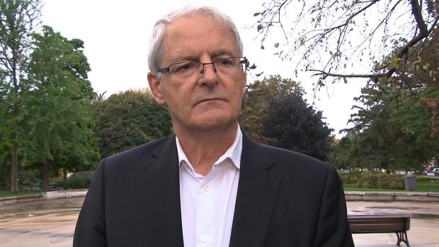 Le ministre fédéral des Transports, Marc Garneau, s'est dit préoccupé par l'incident et a demandé aux gens de respecter les règles régissant l'utilisation des drones. (CBC)