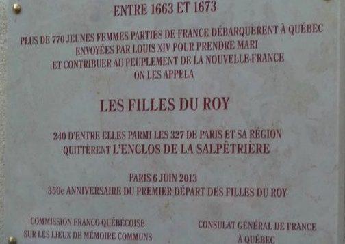 Plaque en hommage aux Filles du roi parties de la Salpêtrière, à Paris - Archives