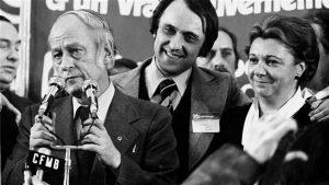 René Lévesque s'adresse à ses partisans après la victoire du Parti québécois, le 15 novembre 1976. Photo : PC/Presse canadienne