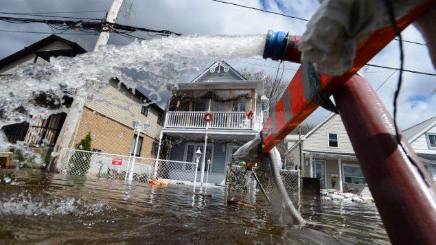 Inondations à Gatineau (archives) Photo : La Presse canadienne/Sean Kilpatrick