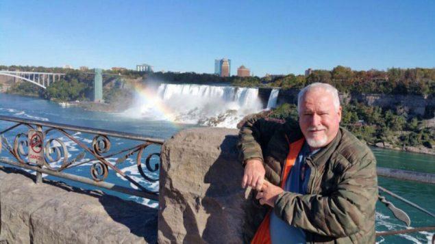 Bruce McArthur, travailleur indépendant de Toronto âgé de 66 ans, a été accusé de deux chefs d'accusation de meurtre au premier degré. McArthur, identifié par des amis, a été arrêté jeudi matin. (BRUCE MCARTHUR / FACEBOOK)