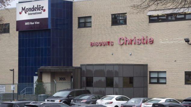 Il fut un temps où tout le quartier de l'est de Montréal environnant la biscuiterie de la rue Viau humait l'odeur des Oreos qui y étaient confectionnés. Photo : Presse canadienne