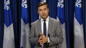 Pour le député Gabriel Nadeau-Dubois, de Québec solidaire, le projet de loi visant à réformer les normes du travail au Québec est décevant. Photo : Radio-Canada