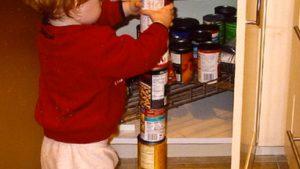 Aligner des objets d'une manière répétitive est un comportement occasionnel chez les individus autistes.