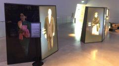La photo d'Aung San Suu Kyi dans la salle des Canadaiens honoraires n'est plus illuminée au Musée canadien pour les droits de la personne.