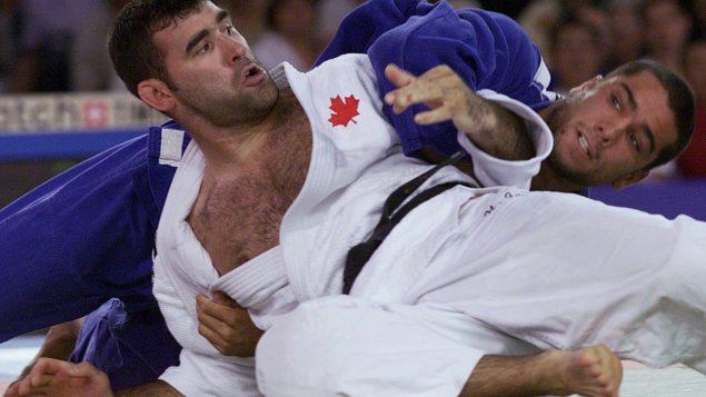Nicolas Gill durant un combat aux Jeux olympiques de Sydney.
