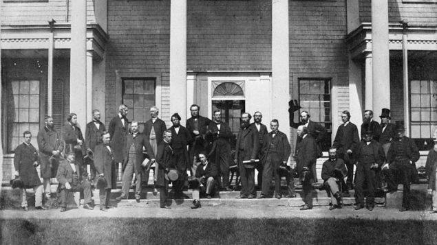 La conférence de Charlottetown qui jeta les bases de la Confédération canadienne/Archives Canada