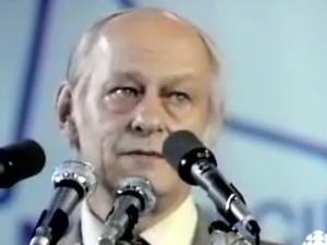 René Lévesque le soir de la défaite au référendum de 1980 - Radio Canada