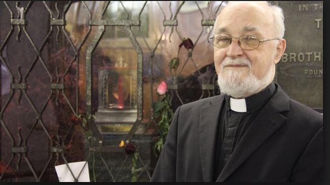 Montréal: un prêtre agressé à l'arme blanche en pleine messe
