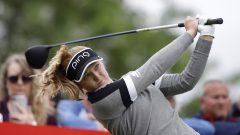 La golfeuse canadienne Brooke Henderson frappe un coup de départ au 12e trou de la Classique Meijer 2019 aux États-Unis.