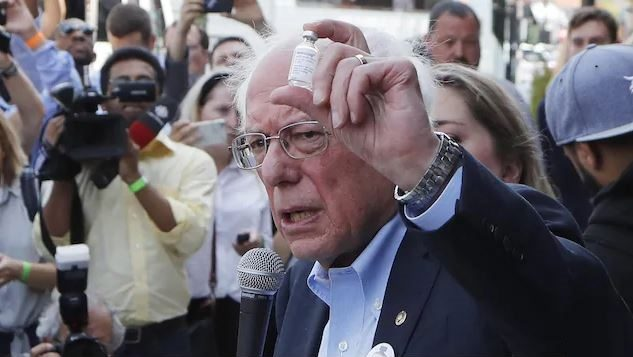 Il est embarrassant que des Américains doivent se rendre au Canada pour y acheter des médicaments moins chers », Bernie Sanders - Associated Press / Carlos Osorio