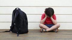 Les intimidateurs visent généralement ceux qui sont différents (poids, accent, vêtements...) - Photo : iStock
