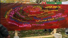 Peinture participative en direct avec Ali Kichou en «hommage à l'ensemble des victimes du système algérien.» - Facebook