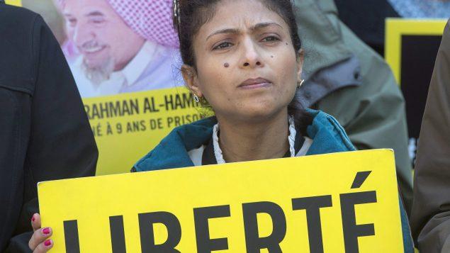 Ensaf Haidar, lors d'un rassemblement de soutien à son mari Raif Badawi. Montréal 21.04.2016 - La Presse canadienne / Ryan Remiorz