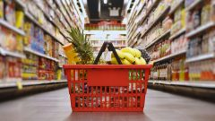Les prix qui connaitraient la plus grande hausse sont ceux des légumes (4,5 à 6,5%), de la viande (4,5 à 6,5%) et de la boulangerie (3,5 à 5,5%) - iStock / Nodar Chernishev
