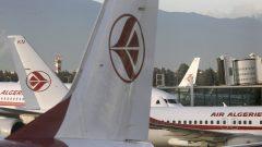 Les étudiants algériens refoulés par le Canada le 11 janvier 2021 sont arrivés à Alger hier lundi 18 janvier, sur un vol spécial d'Air Algérie en provenance de Casablanca. Ils sont restés en transit au Maroc pendant une semaine – Photo d'archives : AP Photo / Fateh Guidoum