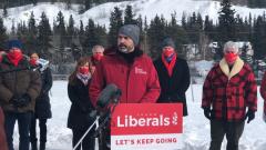 Le premier ministre libéral du Yukon, Sandy Silver s'est dit confiant et prêt pour cette élection bien qu'elle se déroule en pleine pandémie de la COVID-19 - Photo : Danielle d'Entremont / CBC / 12.03.2021