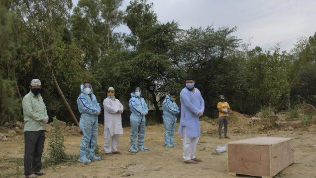 COVID-19: silence coupable du monde face aux décès qui s'accumulent en Inde?