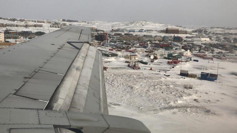 COVID-19 : le Nunavut demande à Ottawa de mieux soutenir les compagnies aériennes du Nord