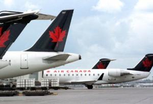 شركة إير كندا أول شركة طيران في البلاد.  (أ ف ب/توماس شينغ)