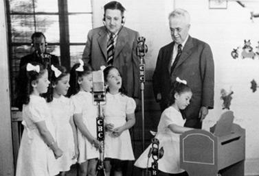 Radio in the twenties. (CBC/Radio-Canada)