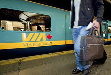 Via Rail, creada en 1977, transporta 80% de sus pasajeros en el corredor entre las ciudades de Quebec y Windsor. (Peter McCabe/Canadian Press)