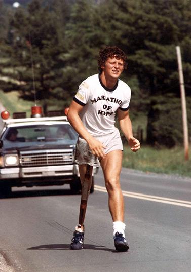 Terry Fox lors de son marathon de l'espoir