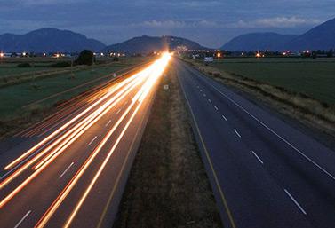 L'autoroute Transcanadienne sur la côte Ouest du Canada, aux abords de l'océan Pacifique (Stephen Edwards)