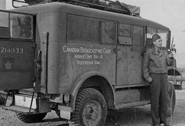 Un véhicule de la Canadian Broadcasting Corporation dans les années 1940 (CBC/Radio-Canada)