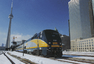 Un train transcanadien de la compagnie Via Rail, à la gare Union de Toronto (Via Rail Canada)