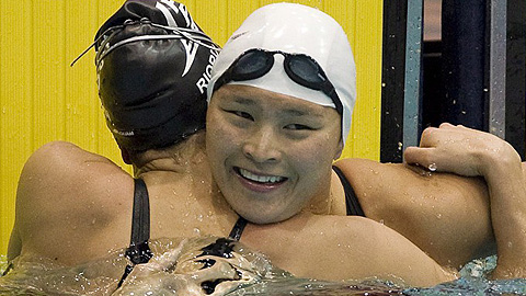 Victoria Poon, Swimmer