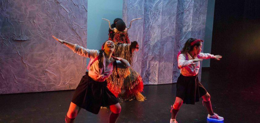«Bâtardes» : du théâtre aux origines mixtes